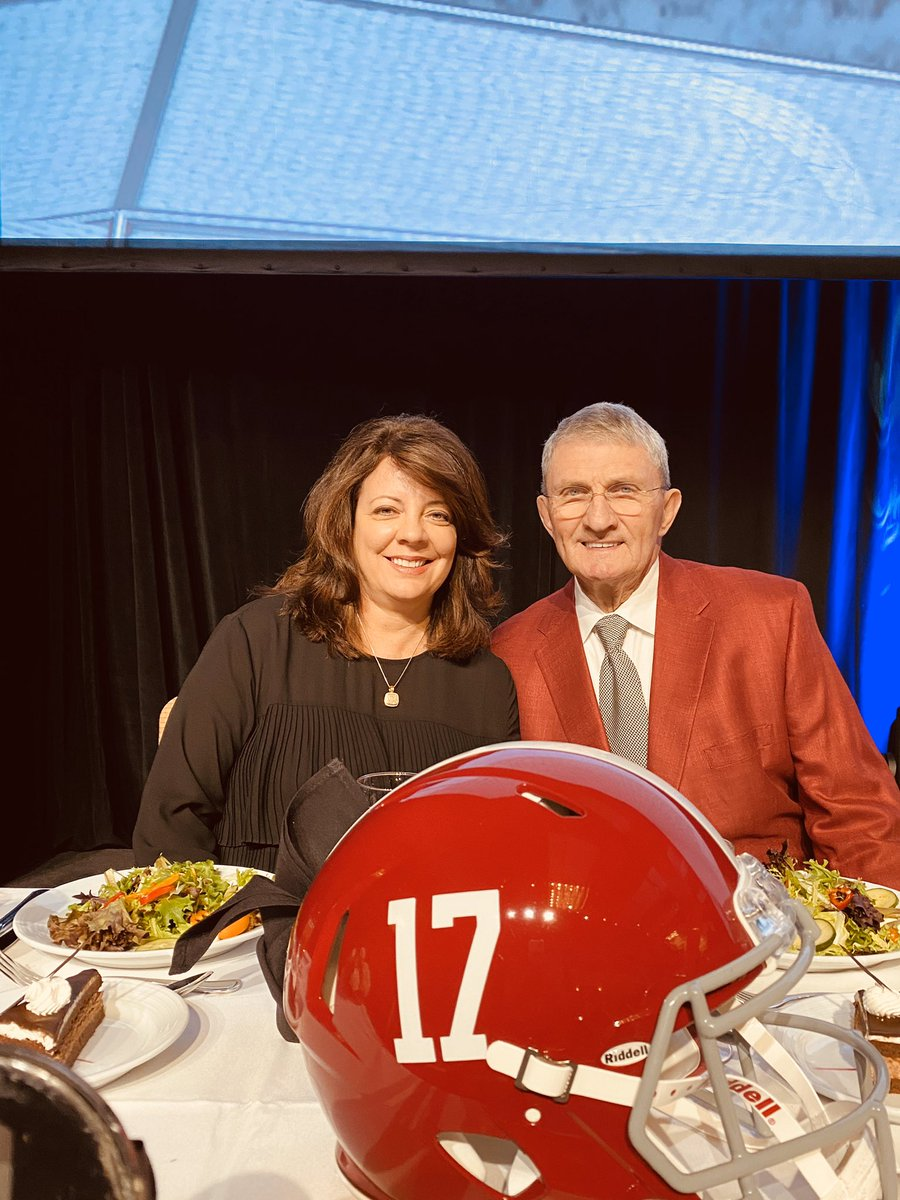 In Atlanta tonight at the @SEC Legends Dinner. We are proud to have Coach Perkins as our honoree. Good to have his wife, Lisa, here as well. #RollTide 🐘🏈