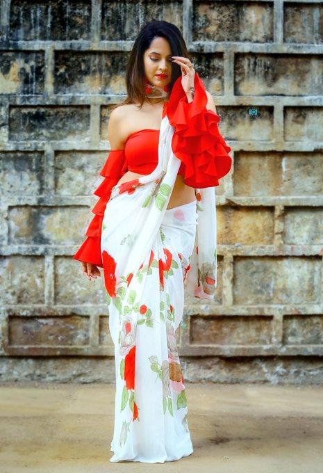 2 pic. I decide my Vibe. For #LocalGangs #tonyt  #DrapeStories from #GauriXAnasuya 🙌🏻 @Gauri_Naidu ❤️ PC: