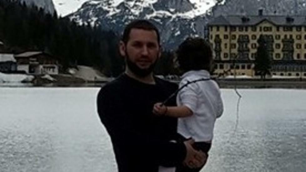 L'ex operaio albanese espulso da Treviso si pent...