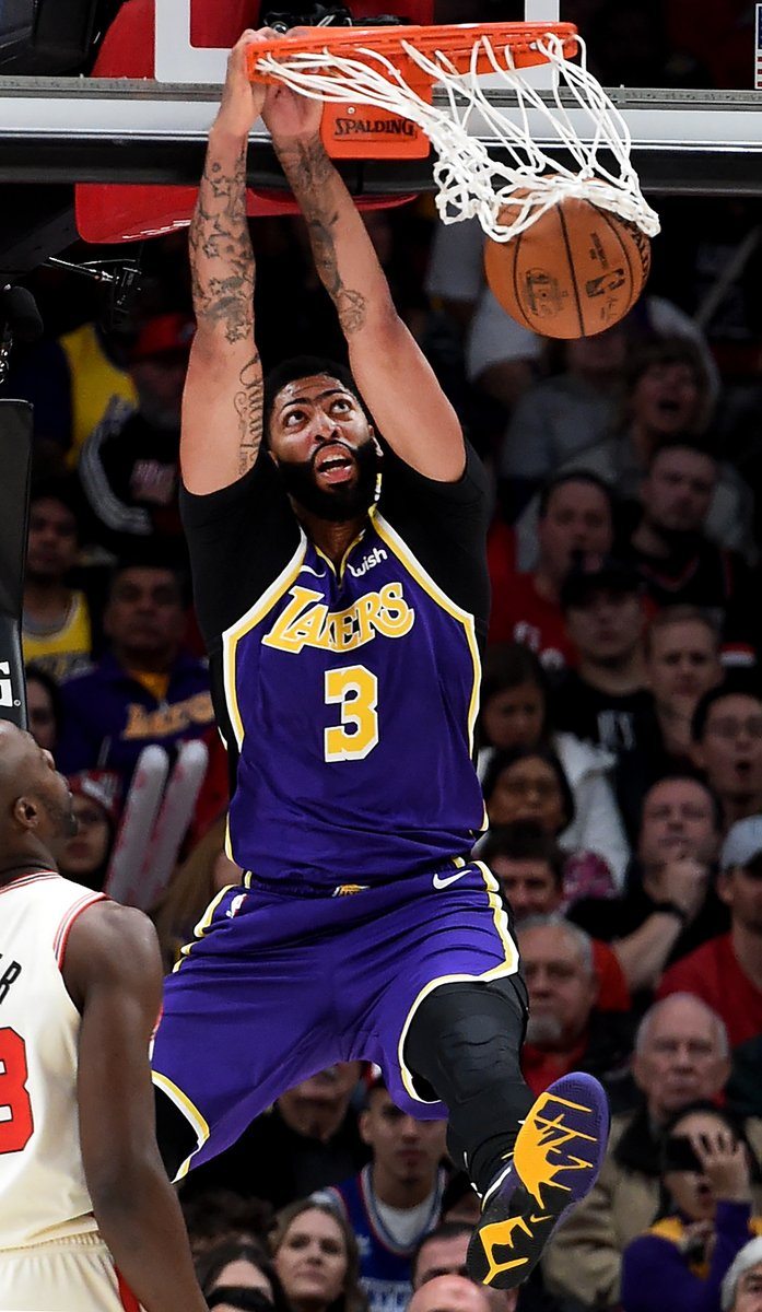 Anthony Davis puts up 25 PTS (8-13 FGM) in the 1st half on ESPN!   #LakeShow  77  #RipCity  62  LeBron James: 14 PTS, 6 AST JaVale McGee: 11 PTS, 5-5 FGM Damian Lillard: 13 PTS, 4 AST Carmelo Anthony: 10 PTS