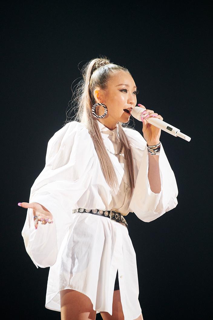 倖田來未、20周年記念イベントで涙ながらにファンに感謝!「これからも10年、20年と歌い続けていきたい」(New!!)