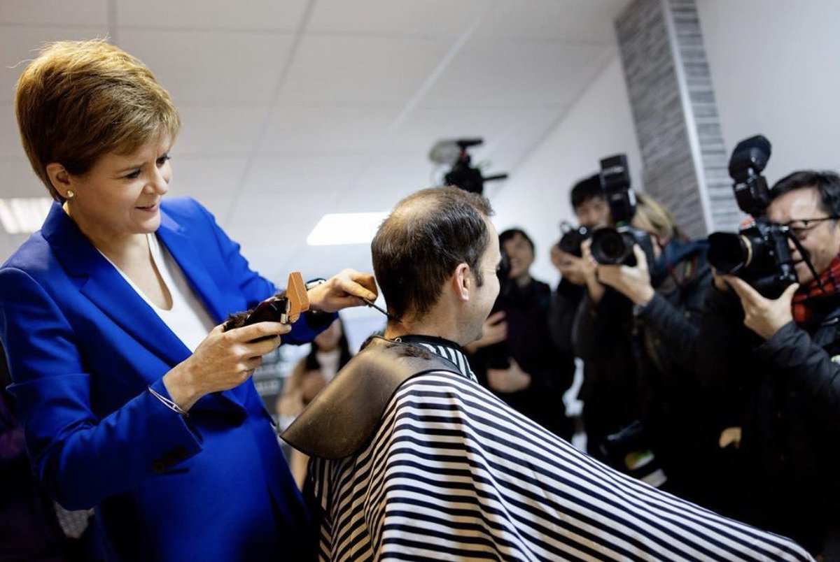 @DannyDonnelly1 Perhaps during a campaign visit you could let @naomi_long lose with the clippers @NicolaSturgeon style?! 😅🤣