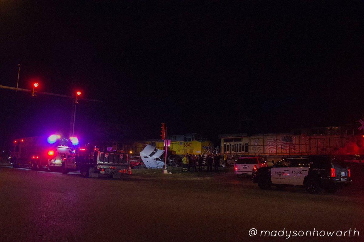 North Main Street (Hwy. 377) up close following train/18-wheeler #keller #texas #DFW @NBCDFW @kellerpolice
