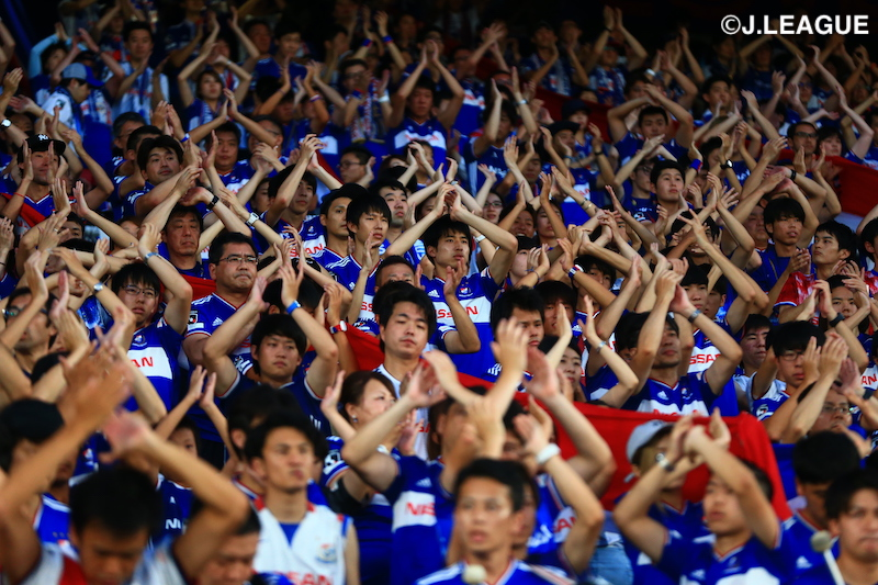"""🇯🇵快挙🇯🇵""""12.7決戦""""がJリーグ史上最多観客動員数を更新!6万3854人が日産スタジアムに集結🗣編集部より「#横浜F・マリノス 対 #FC東京 の試合に6万3854人が詰めかけ、Jリーグ史上最多観客数を更新しました!」"""