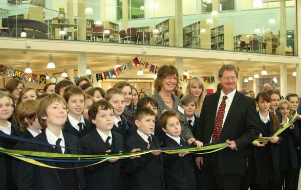 Ten years ago, on 7th Dec 2009, after 10 years planning and 18 months construction, St John's students spent their first day together in our amazing new £26m school. For the first time in the history of secondary education in Marlborough, all students were on a single site.