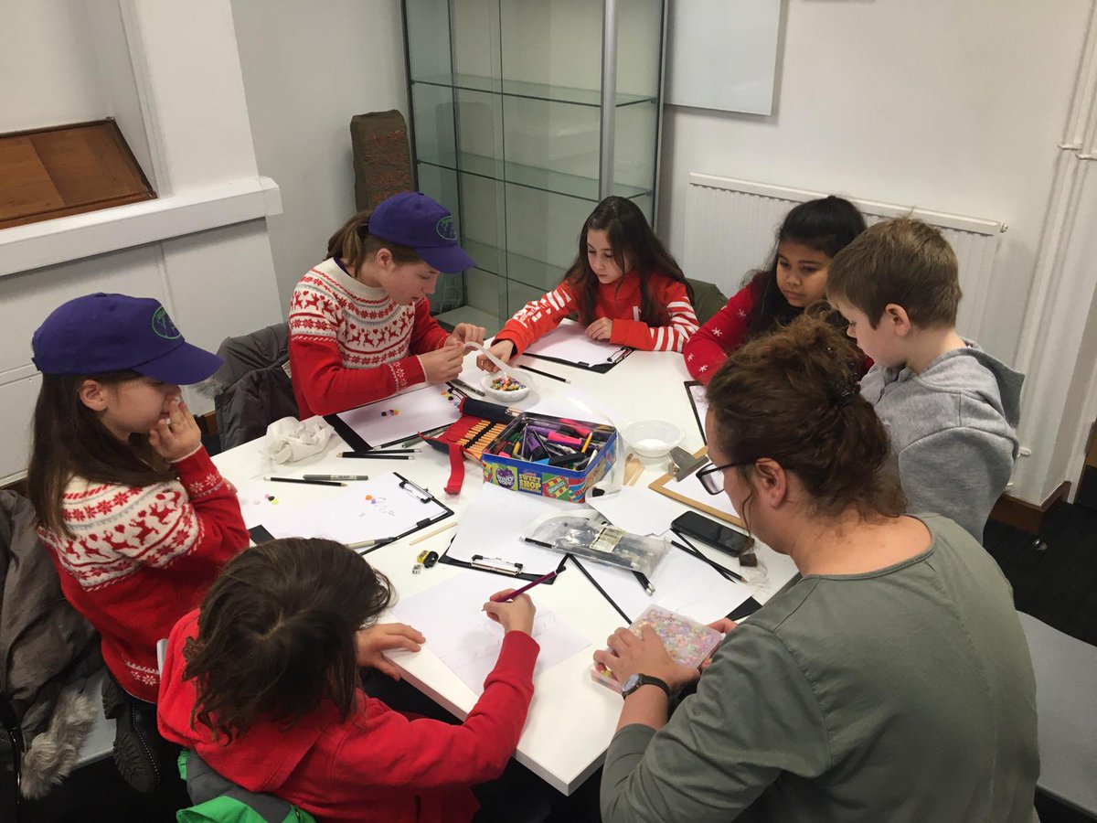 Lukasa came to Leicester, maps & scale session looking at all types of visual, mind and cultural techniques. YACs produced a variety of place, event and lifestyle maps as well as sketching artefact locations based on length of their own pace. Great way to end the year <br>http://pic.twitter.com/2JmjxLUSrX