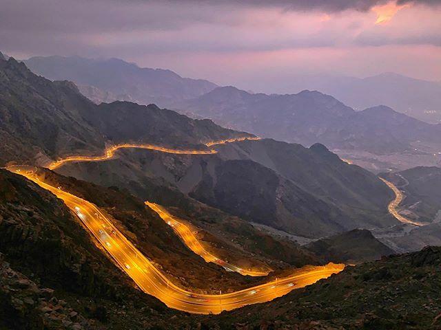 Do you wanna see that beautiful nature?  #Taif #Alhada #KSA #SA #Travel #Sunset #Cloudy #Clouds #Twilight #VisitKSA #visitsaudi #highway #cars #climbing #hiking #windy #winter #Sauditravel #nightshot #hipa