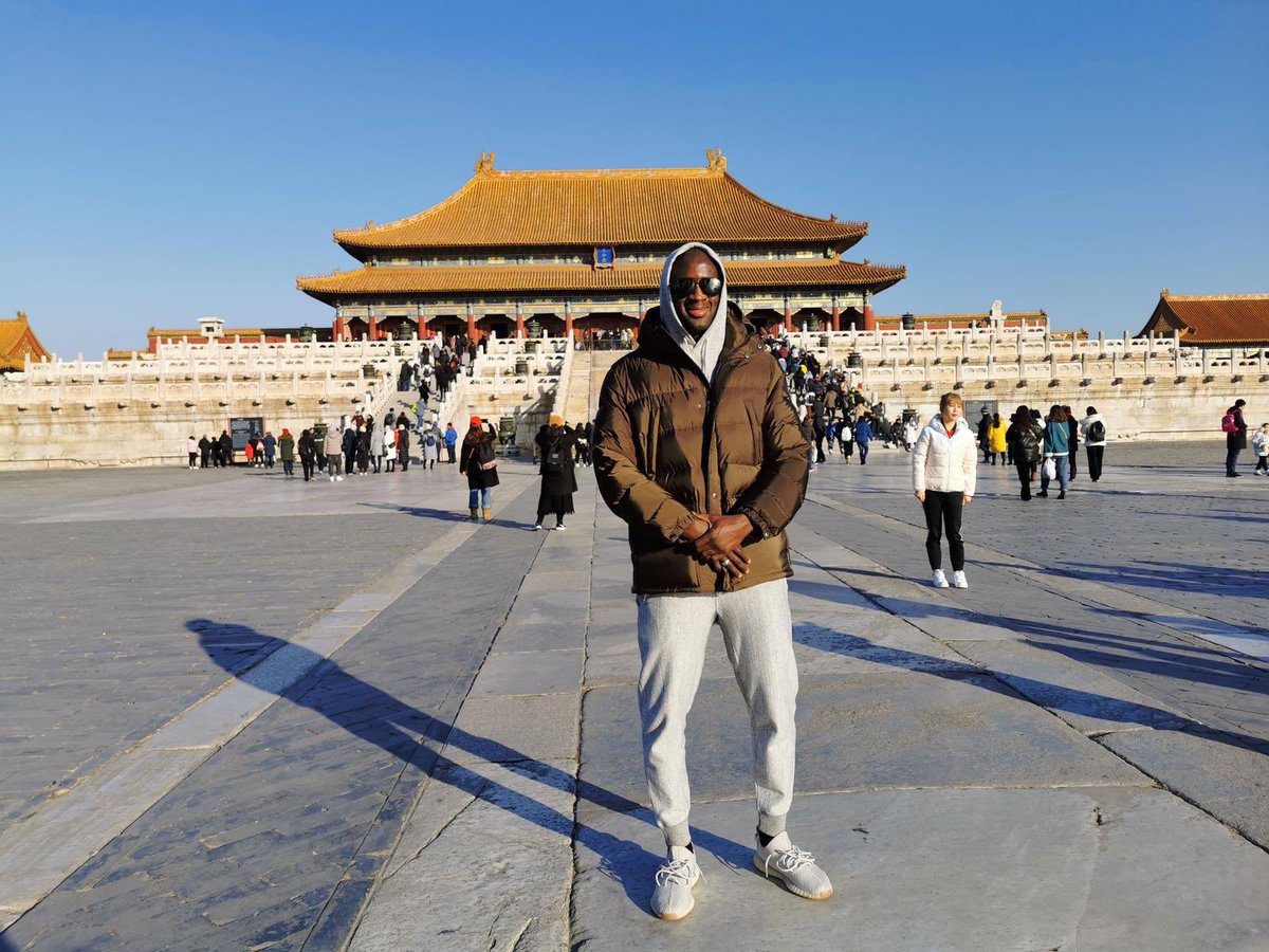 Fantastic time visiting The Forbidden City! 🇨🇳 Wow! This is a beautiful place 🙌🏾