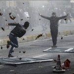 こんなところで異次元バトルが?トルコのデモ画像が超能力者同士が戦っているように見える!