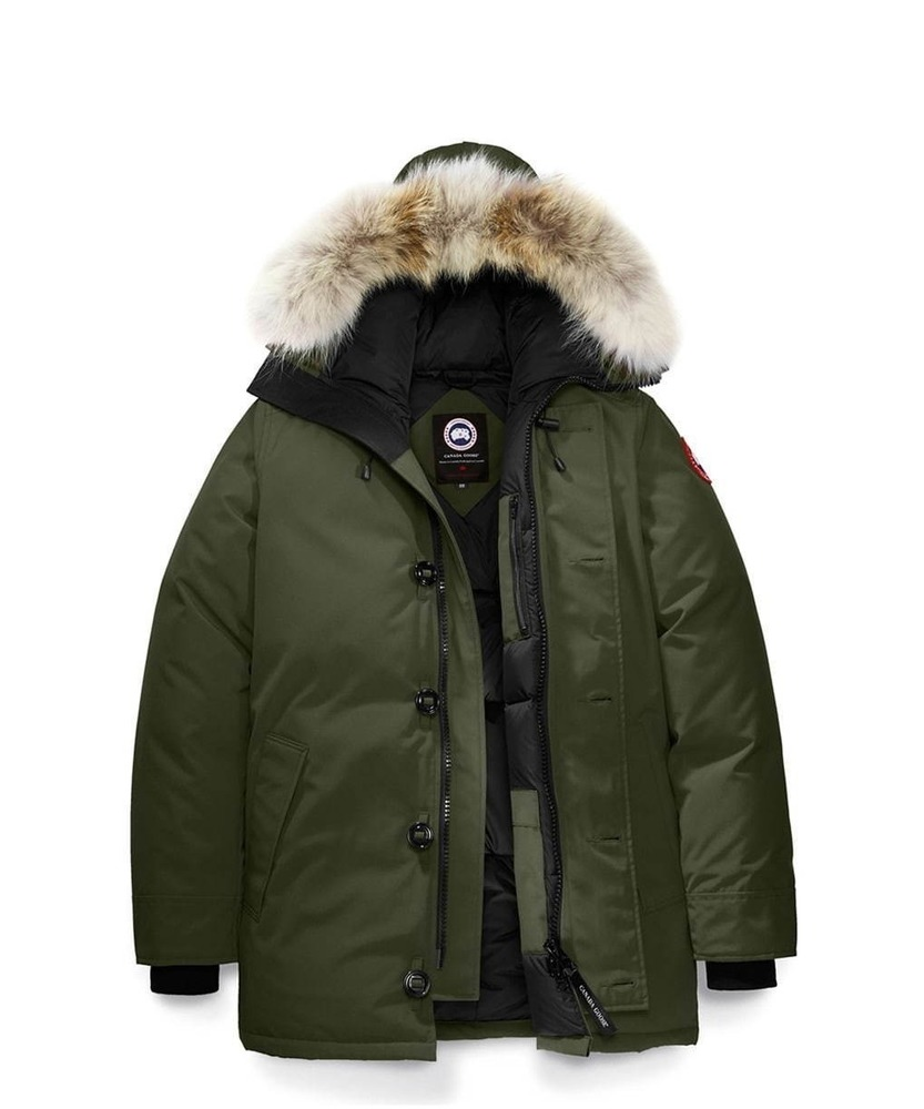 冬のおすすめメンズダウンジャケット、暖かい人気ブランドアウターでおしゃれコーデを -