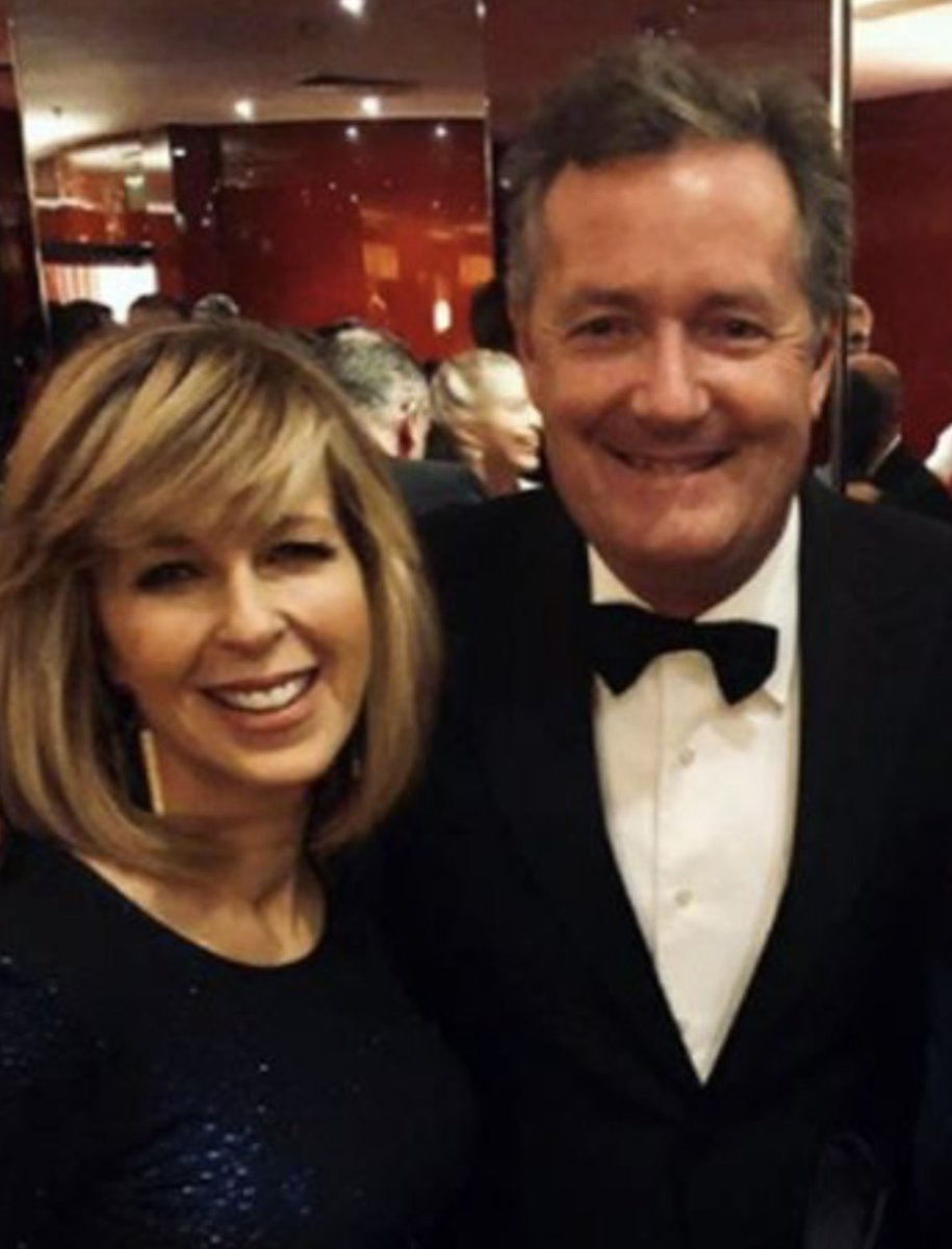 Please vote for ⁦@kategarraway⁩ to win ⁦@imacelebrity⁩ - she's a star on & off camera and a lovely, genuine person. So come on Britain, make her Queen of the Jungle! 👸