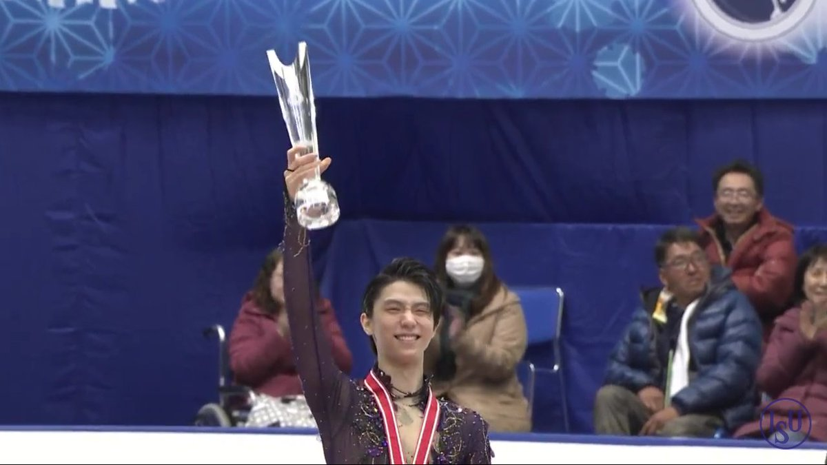 He has been an inspiration to me since I started to follow him.Always looking happy and calm while facing things that most people could never understand. He is a true King not only on skating, but in character and personality. A God living in a world of humans Happy Birthday Yuzu <br>http://pic.twitter.com/VyJTIJPLvF