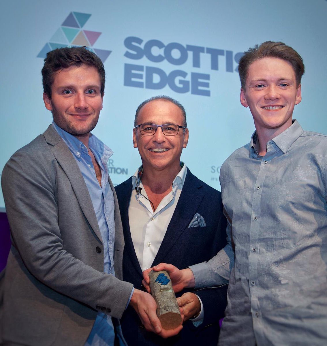 Successfully made it through Dragon's Den 🐉 / (#EDGE15 @ScottishEDGE ) Alex and I were successful in our pitch for funds for Hindsight Vision 🕶. Launch coming in 2020 😁
