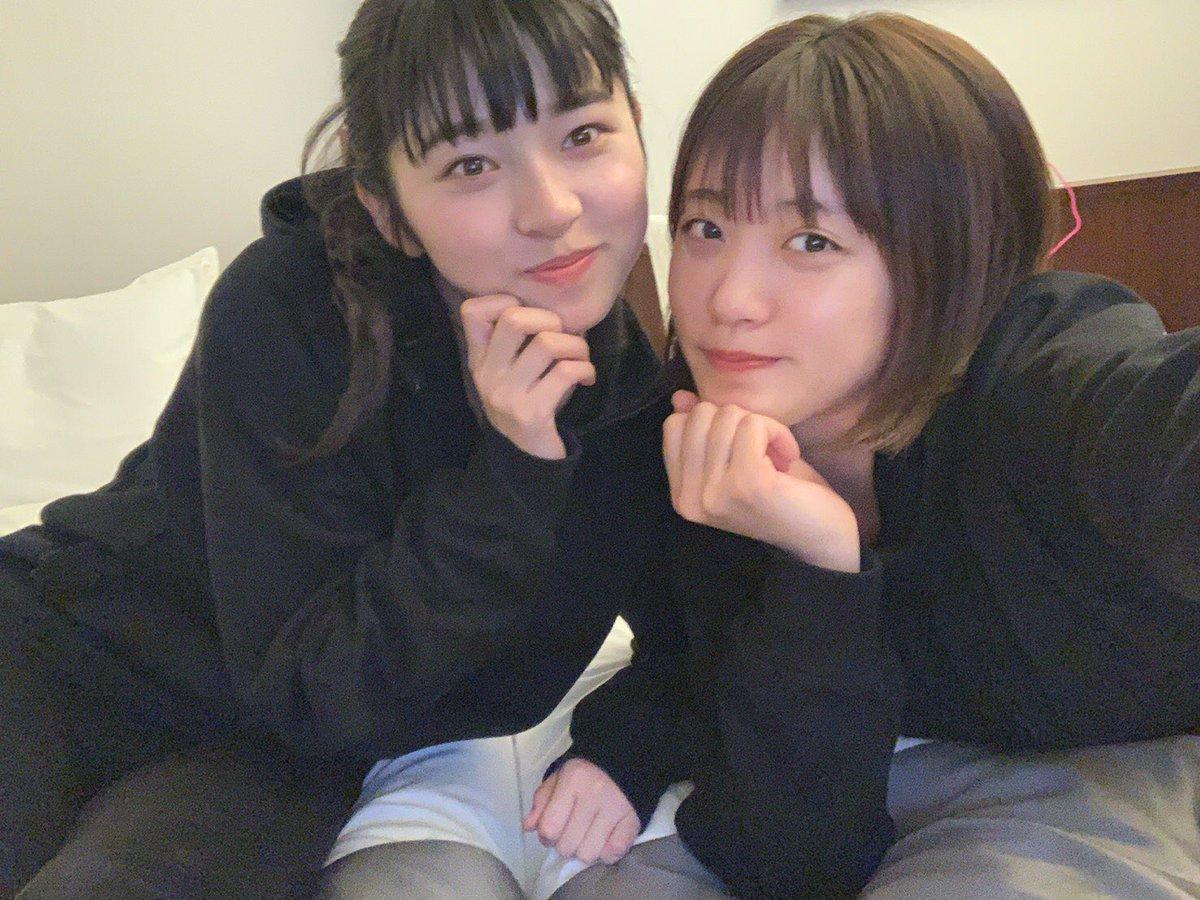 こんばわんわんちゃん💚王林のブログ更新しました!!彩香とときは山口で弘前産りんごのPRを頑張ってくれました🍏❤️そしてみんな今日は福岡入りです!明日はリリースイベントで福岡の皆さんを待ってます😘