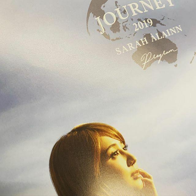 ゲージツに触れてきた! 癒されますねぇ〜 今日もプロデューサー・サラは素晴らしかった! 約150分もあっという間!! あっ、今日のサラはなんか可愛かった…😍 #sarahalainn  #サラオレイン  #journey2019 #bunkamuraオーチャードホール