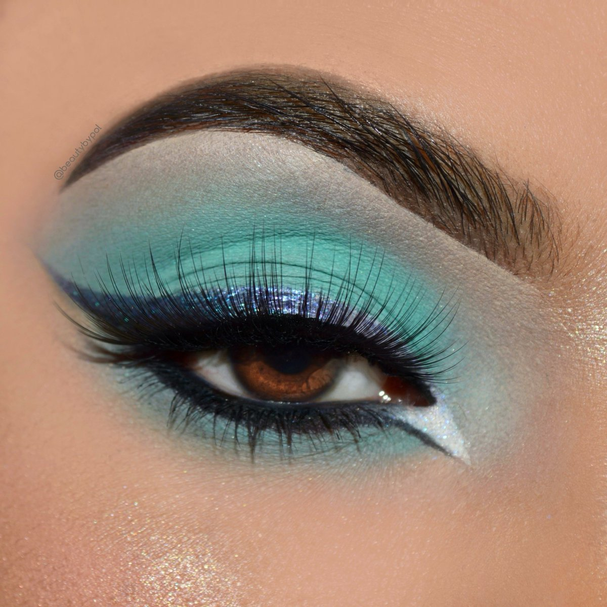 """@hudabeauty Mercury Retrograde with life liner 