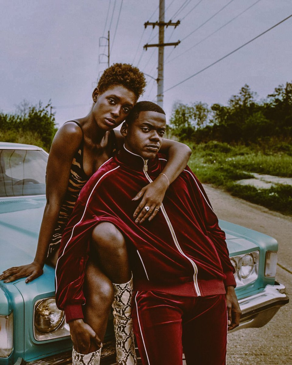 Some of y'all slept on the portrayal of how regular folk didn't snitch or turn them in or the rich white couple but a nigga from the streets all about $ switched up on his own kind for $ Appreciate Two dark-skinned people being in love BLACK🖤 #QueenAndSlim