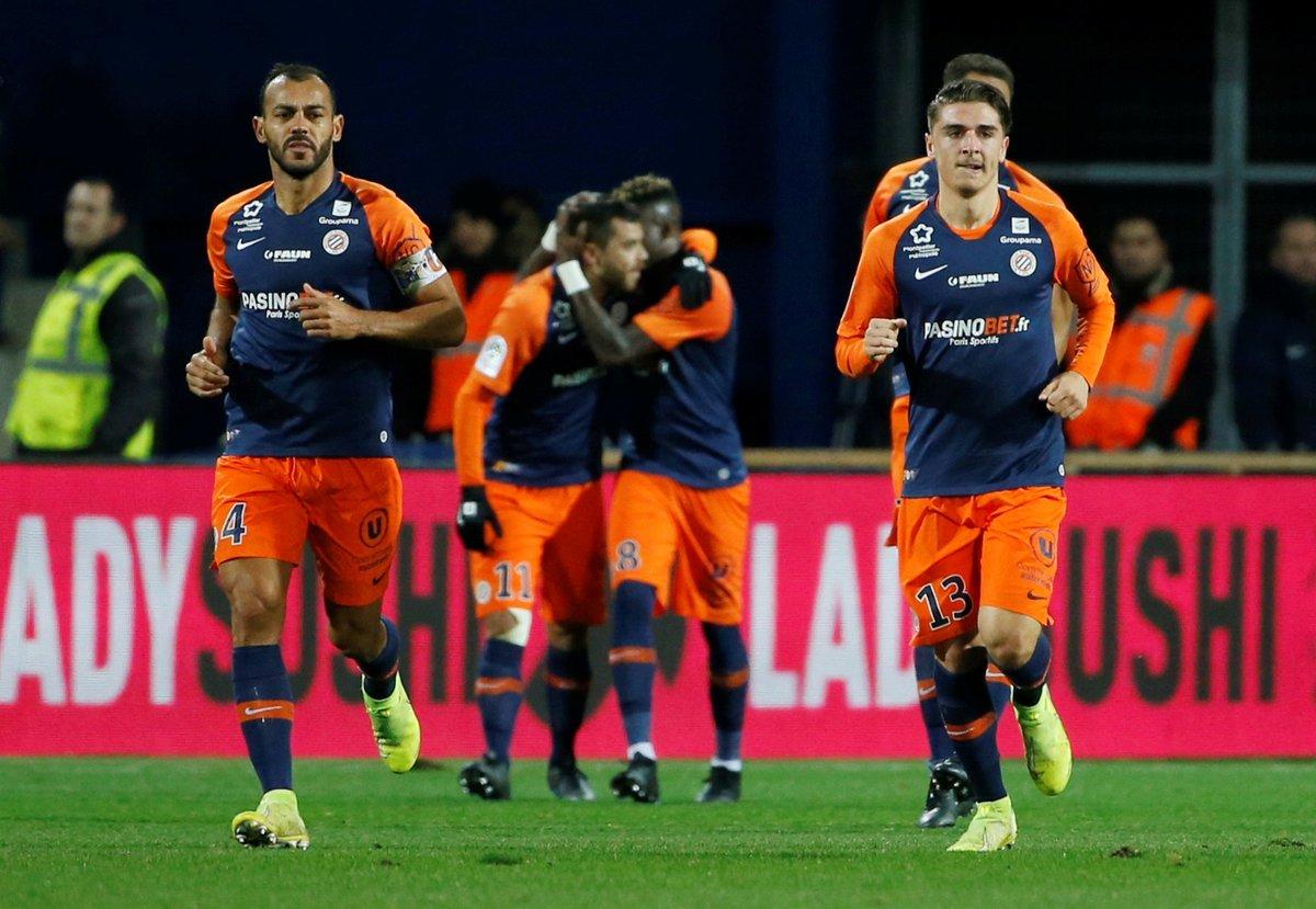 Montpellier mène 1-0 face au PSG à la mi-temps grâce à un CSC de Paredes. Suivez le match en direct > ow.ly/AmsG30pZSq3 #MHSCPSG