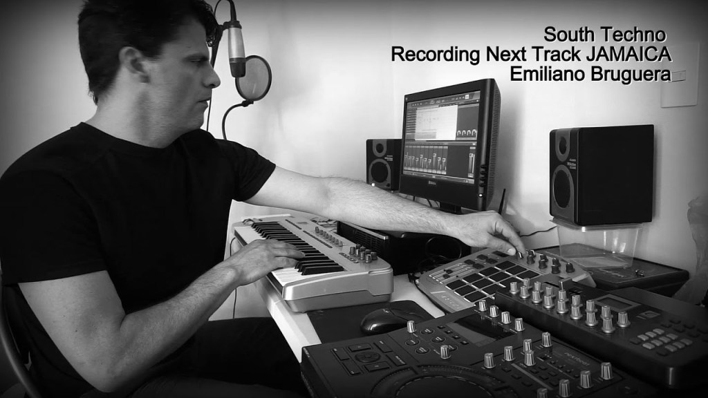 Emiliano Bruguera Recording Next Track JAMAICA Techhouse BigRoom South Techno electronicmusic  https:// ucstrike.com/music/emiliano -bruguera-recording-next-track-jamaica-techhouse-bigroom-south-techno-electronic-music/  … <br>http://pic.twitter.com/TnxxauBjF2