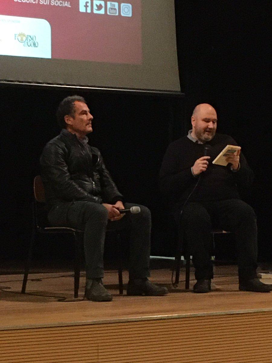 #AndreaDeCarlo con Beniamino Mirisola, ora a #trev...
