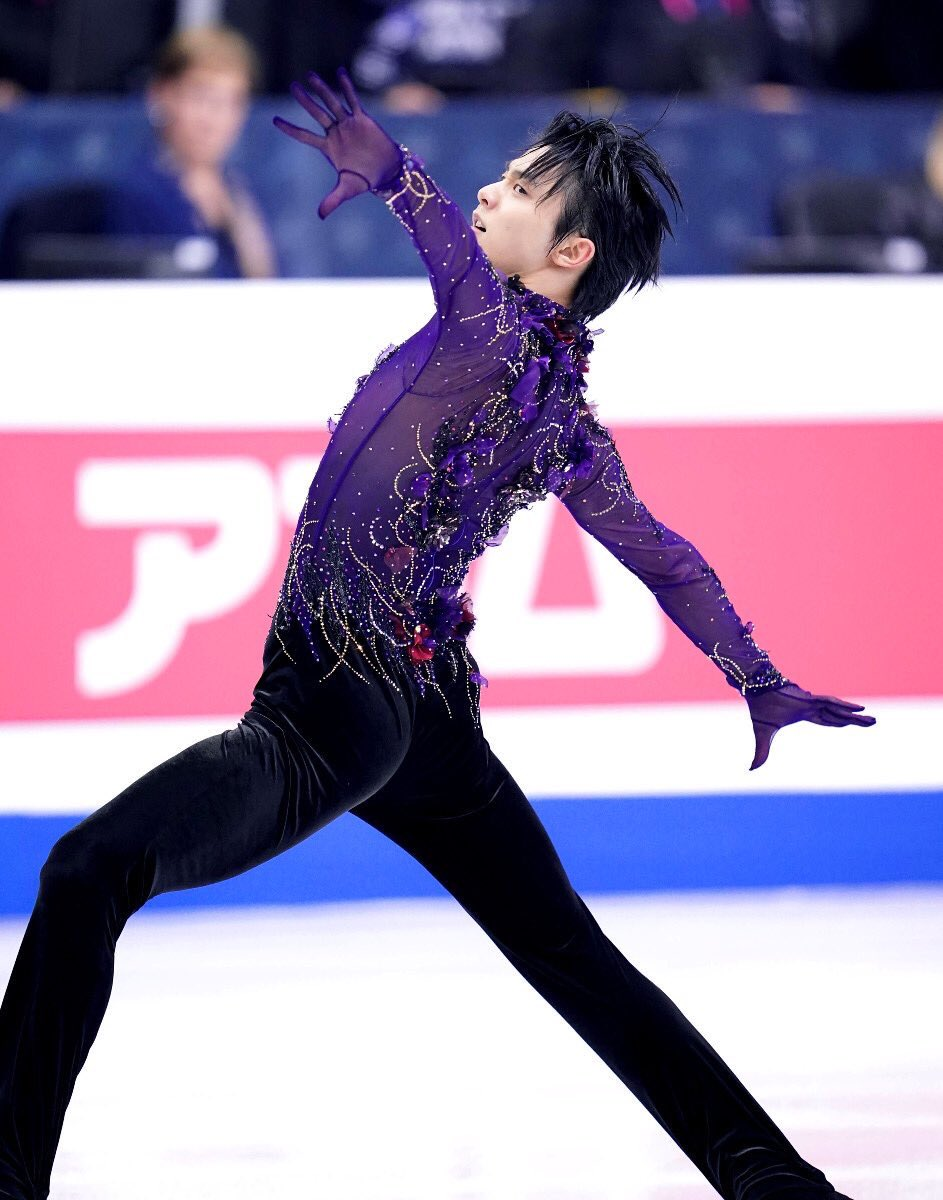 The king of figure skating  <br>http://pic.twitter.com/sN0ox6FQVw