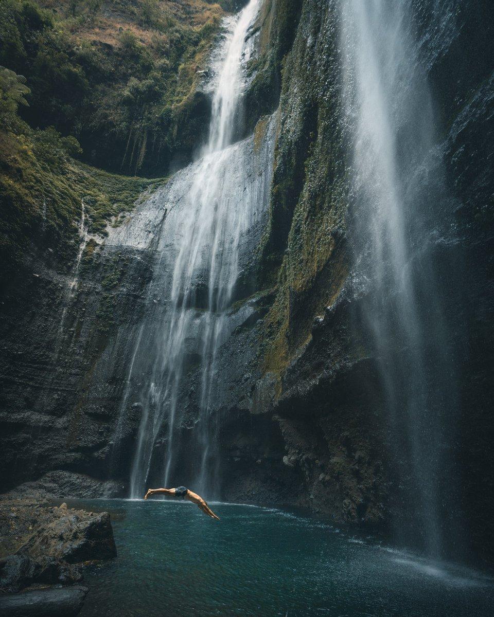 Photo by Andy Vu #travel #waterfall <br>http://pic.twitter.com/fzGXKtDZMK
