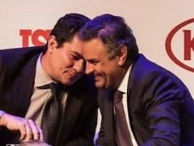 Na foto Acima o então Senador megadelatado Aecio Neves com o então Juiz da lava jato Sergio Moro se divertindo em evento da Revista Istoé