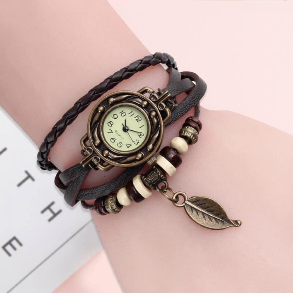 #timepiece #mensfashion Vintage Dress Watch with Genuine Leather Bracelet  https:// manageourtime.com/product/vintag e-dress-watch-with-genuine-leather-bracelet/  … <br>http://pic.twitter.com/auv1sVjRur
