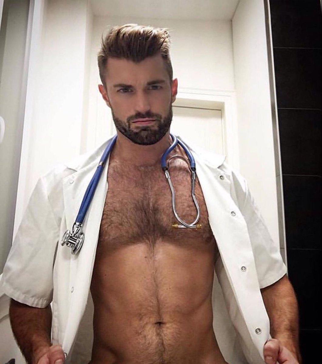 I need a Doctor @Guy_vans 😍❤💙 https://t.co/60KQ4pobsH
