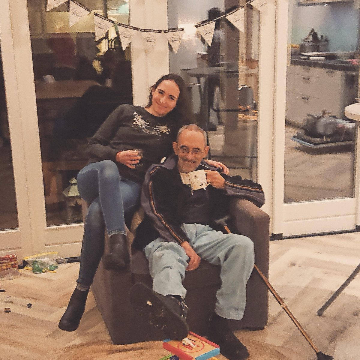 No footrest? No problem! Gotta be creative with hemiparesis during the holidays. Thanks kids! (Dad and me) #Disabilityday2019 #DisabilityIsAbility #Sinterklaasavond