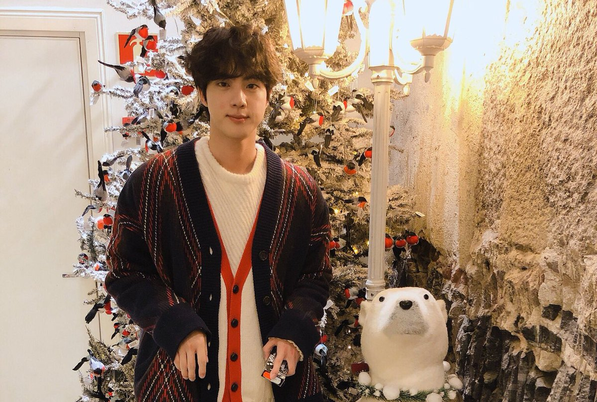 Bts Army Finland ᴮᴱ On Twitter Wondering If Bts Twt Made Their Christmas Photoshoot In Finland Jin S Outfit Kinda Looks Like That Also Reminds Me Of The Last Years Photos Btsinfinland Https T Co Sqpkrpno96