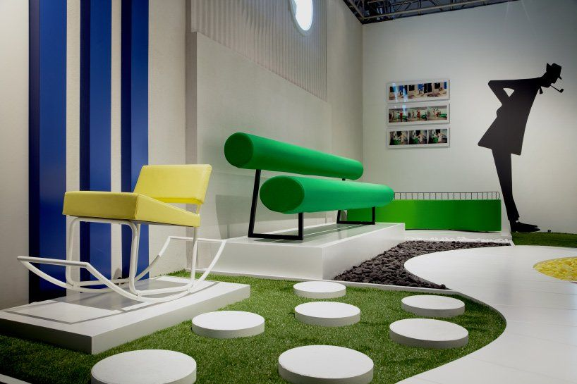 les ateliers courbet capsule installation at @DesignMiami displays jacques tati's 'completely impractical' seats  https://www. designboom.com/design/les-ate liers-courbet-design-miami-jacques-tati-impractical-seats-12-07-2019/  … <br>http://pic.twitter.com/i3koeF5oeS