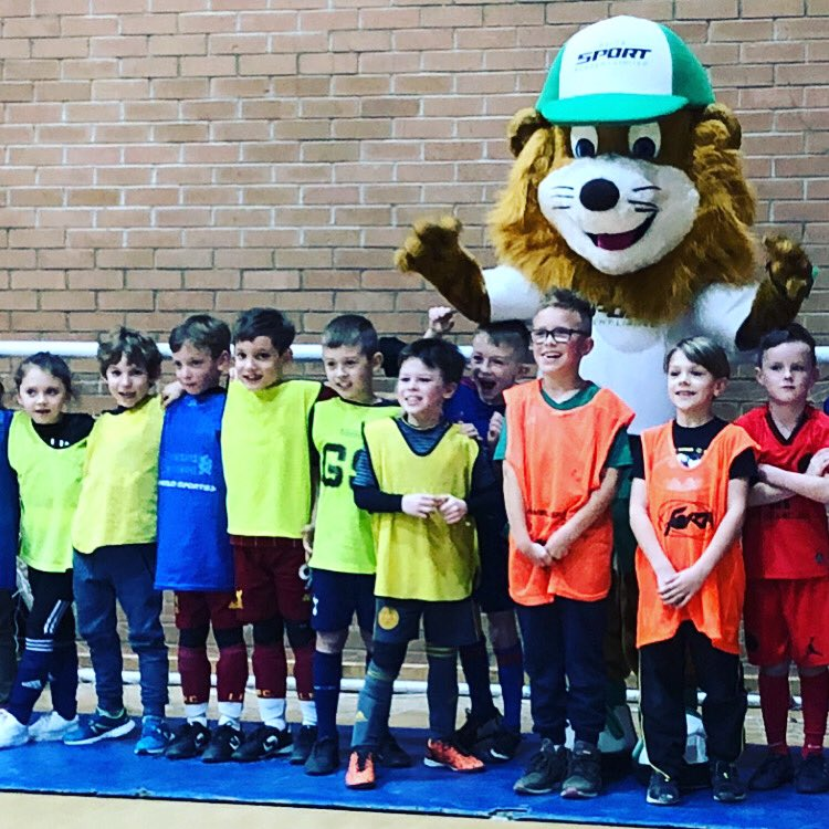 Party Day 🥳🎈 . Happy Birthday Bobby 🎉 . We loved being part of your special day & delivering your football party ⚽️🦁!!   #ESA #Parties