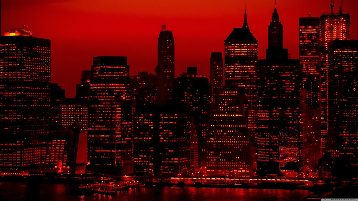 The city is RED !!!!! #MCIMU #ManUtd #MCIMUN<br>http://pic.twitter.com/EWYPXroNSn