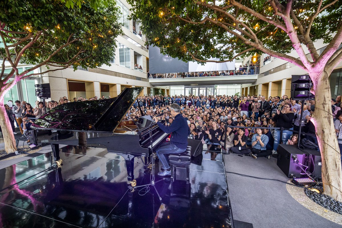 Andrea Bocelli performing at @Apple HQ in #Cupertino. Thank you @AppleMusic and the music team for the incredibly warm welcome.