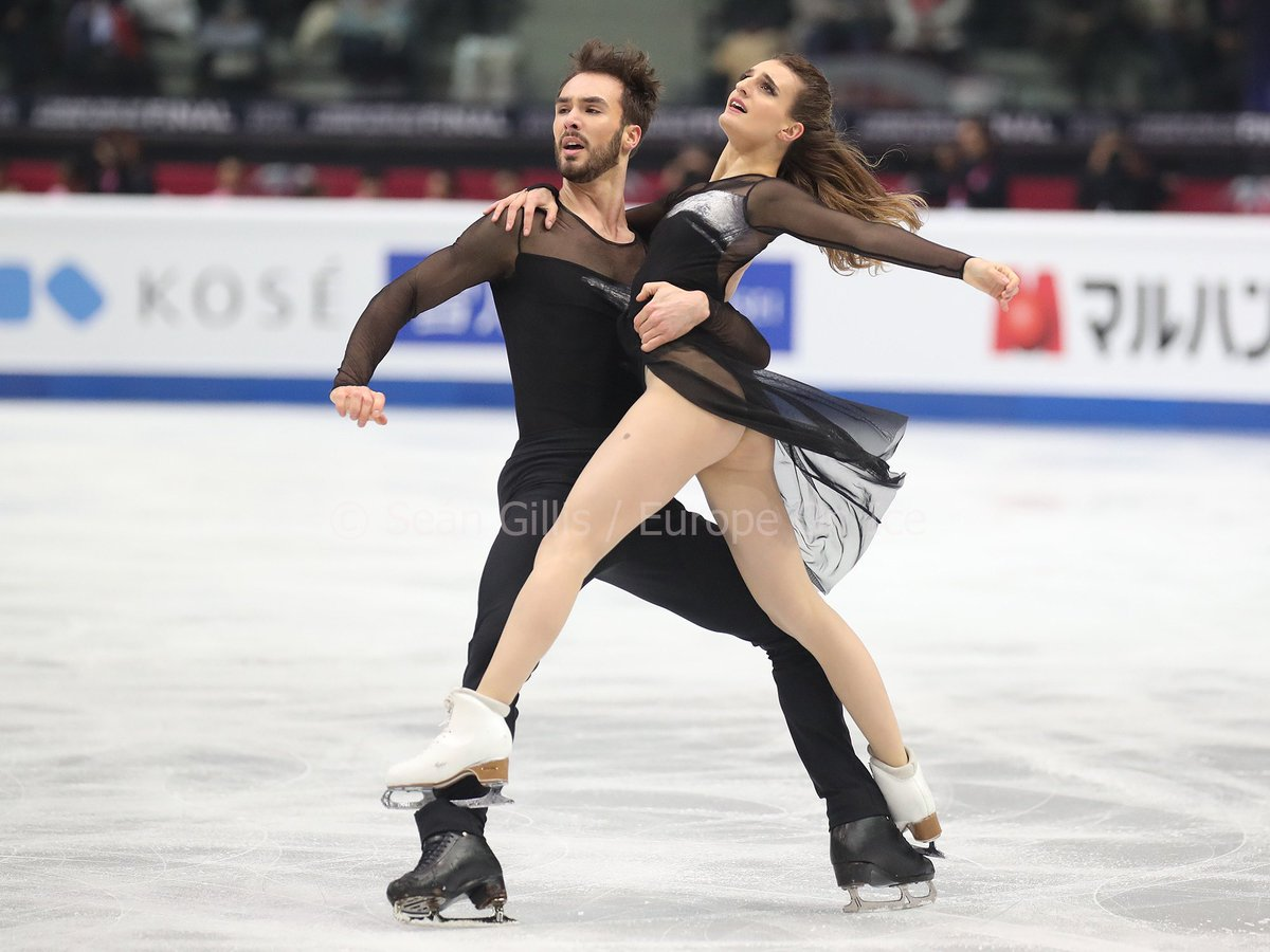 Gabriella Papadakis and Guillaume Cizeron lead #TeamMontreal to a clean sweep of the #GPFTorino2019 ice dance podium.<br>http://pic.twitter.com/cLch3LsQ2r