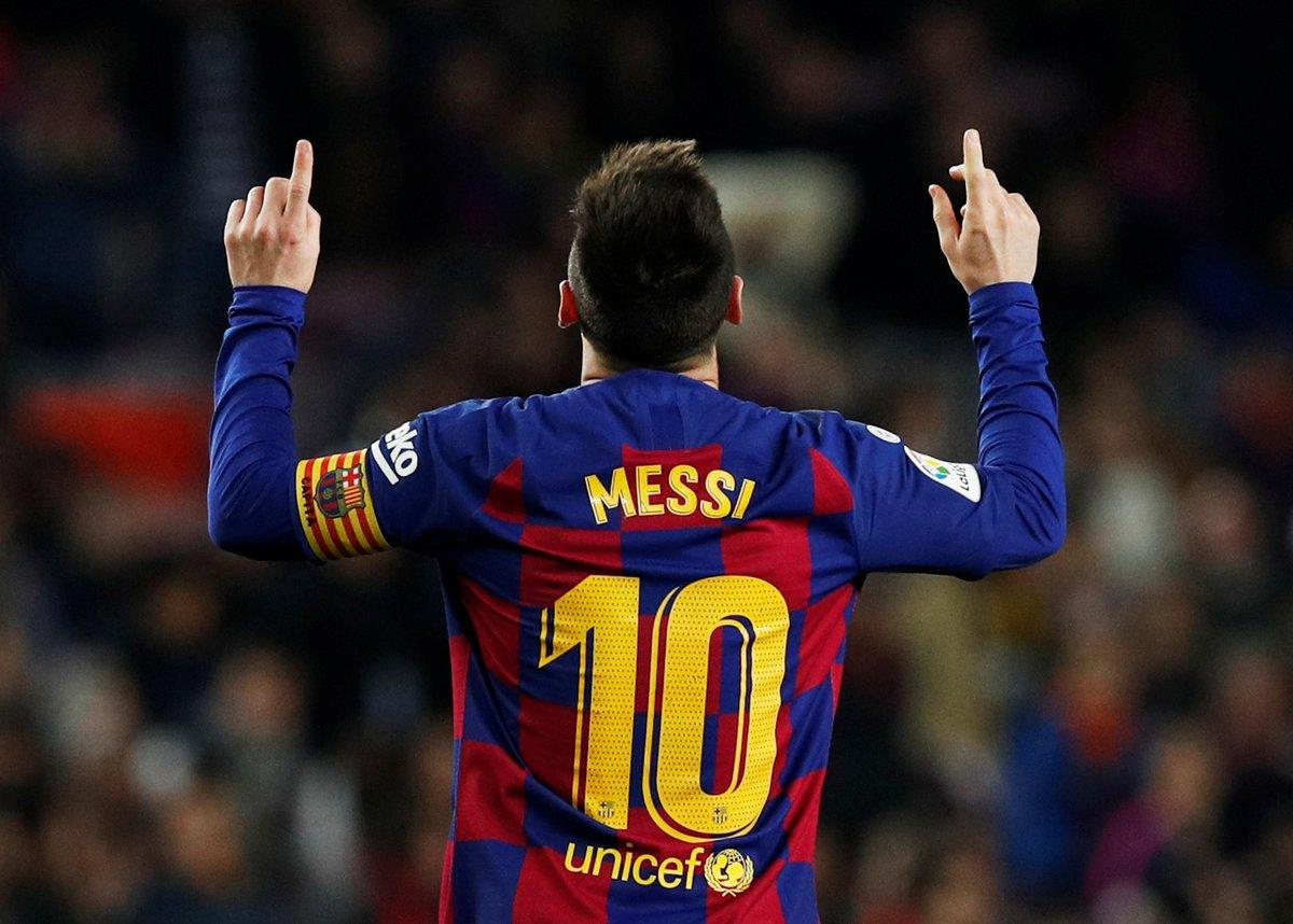La Ligada Barcelona, sahasında Mallorcayı Griezmann, Messi (3) ve Suarezin golleriyle 5-2 mağlup etti.