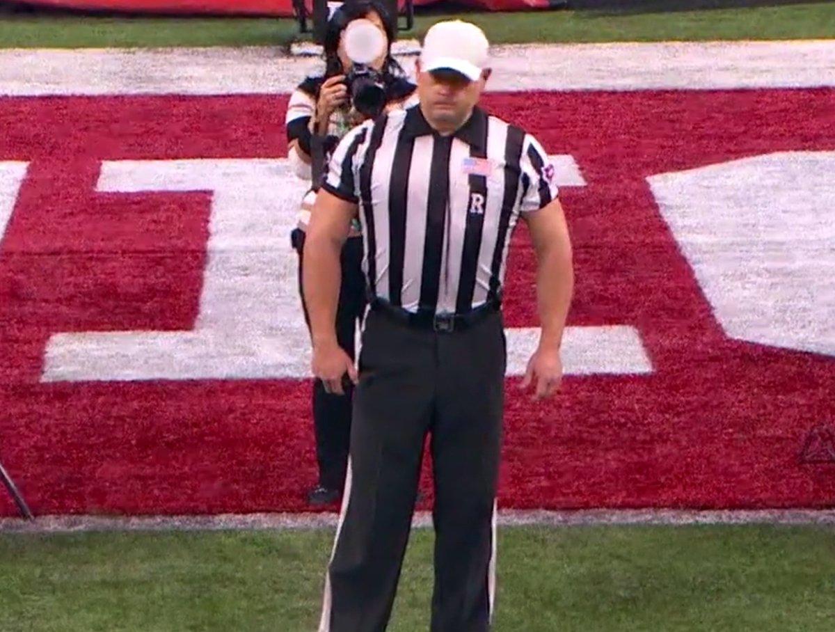 Photo: Jacked Referee At Big Ten Championship Going Viral