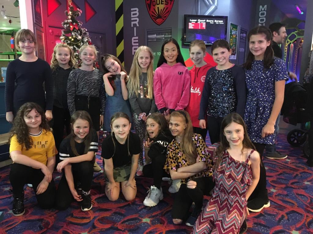 U10 Lynx Laser Quest then Pizza Express! Great time for their Christmas Social! #netball #social #christmas #fun #games
