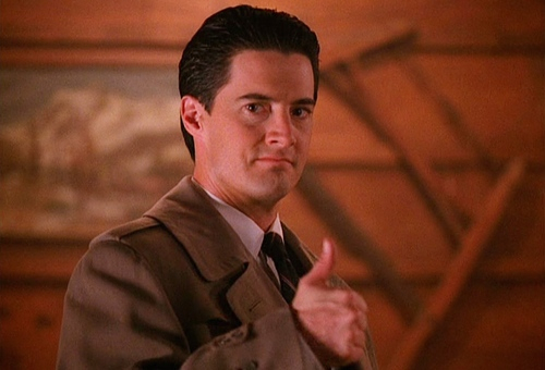 A photo of Dale Cooper from Twin Peaks every hour. #twinpeaks