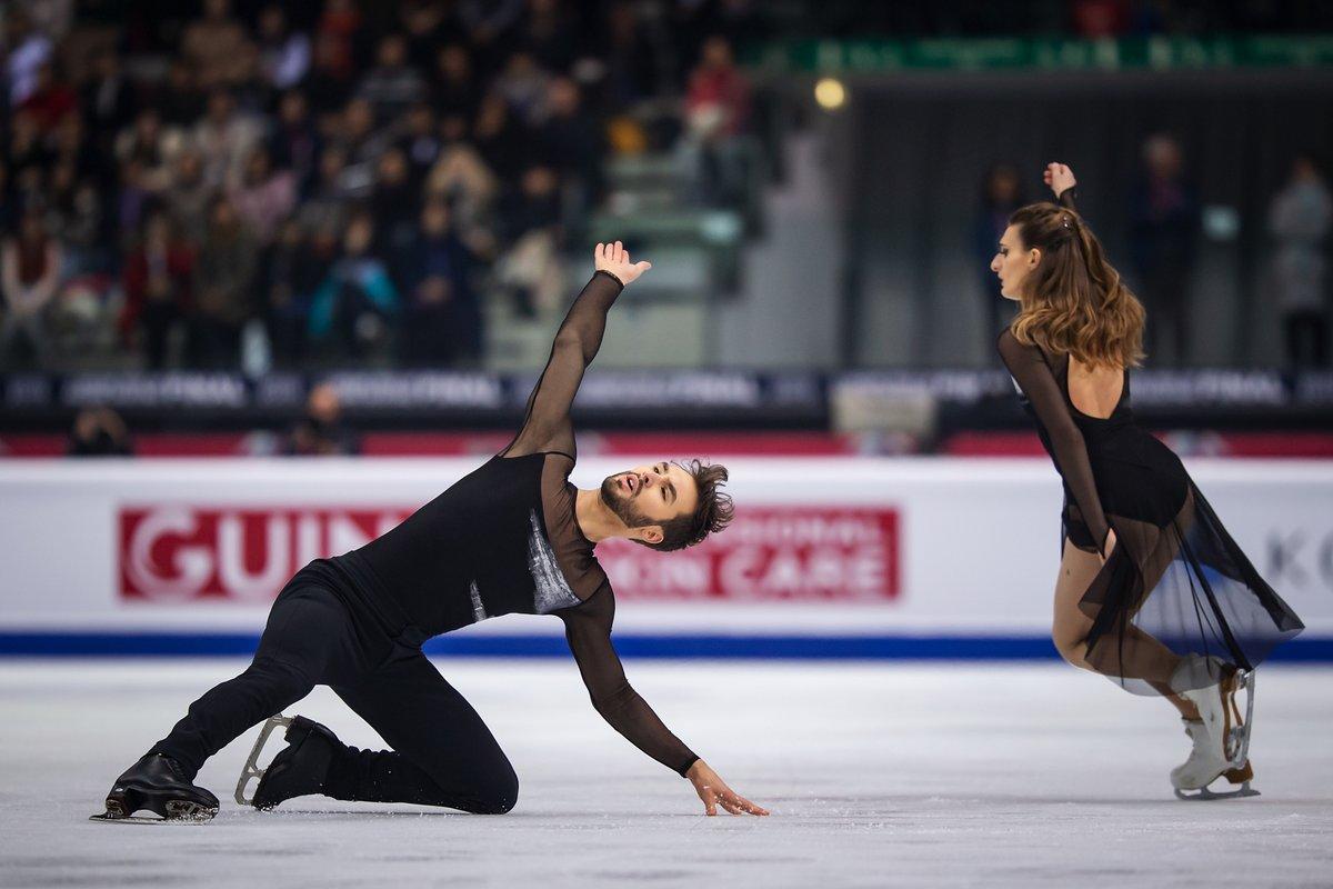 Gabriella Papadakis/Guillaume Cizeron of France claimed their second Grand Prix Final crown  Madison Chock/Evan Bates  Madison Hubbell/Zachary Donohue    http:// ow.ly/YQT650xuslh      #GPFigure #FigureSkating <br>http://pic.twitter.com/94ufkzMhCC