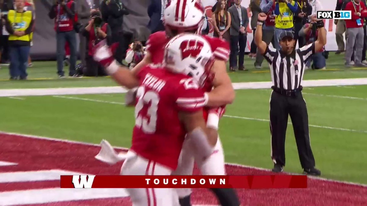 No. 1 Ohio State had a nightmare first half against Wisconsin