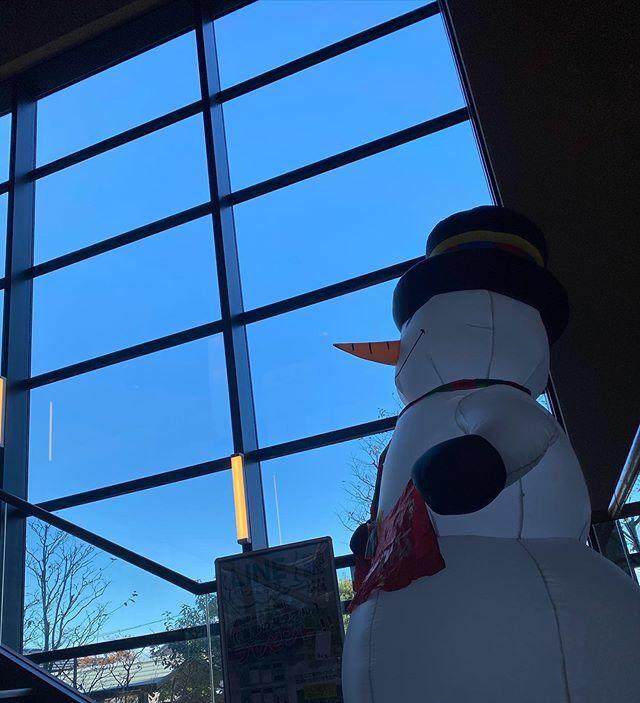 #今日もいい天気 〜 .  久々の #朝風呂 〜 #♨️ . #喜多の湯 #スーパー銭湯 #銭湯 #PublicSpaandBath #PublicBath #太陽 #sun #イマソラ #いまそら #青空 #あおぞら #bluesky #空 #そら #sky #ノンフィルター #ノーフィルター #雪だるま