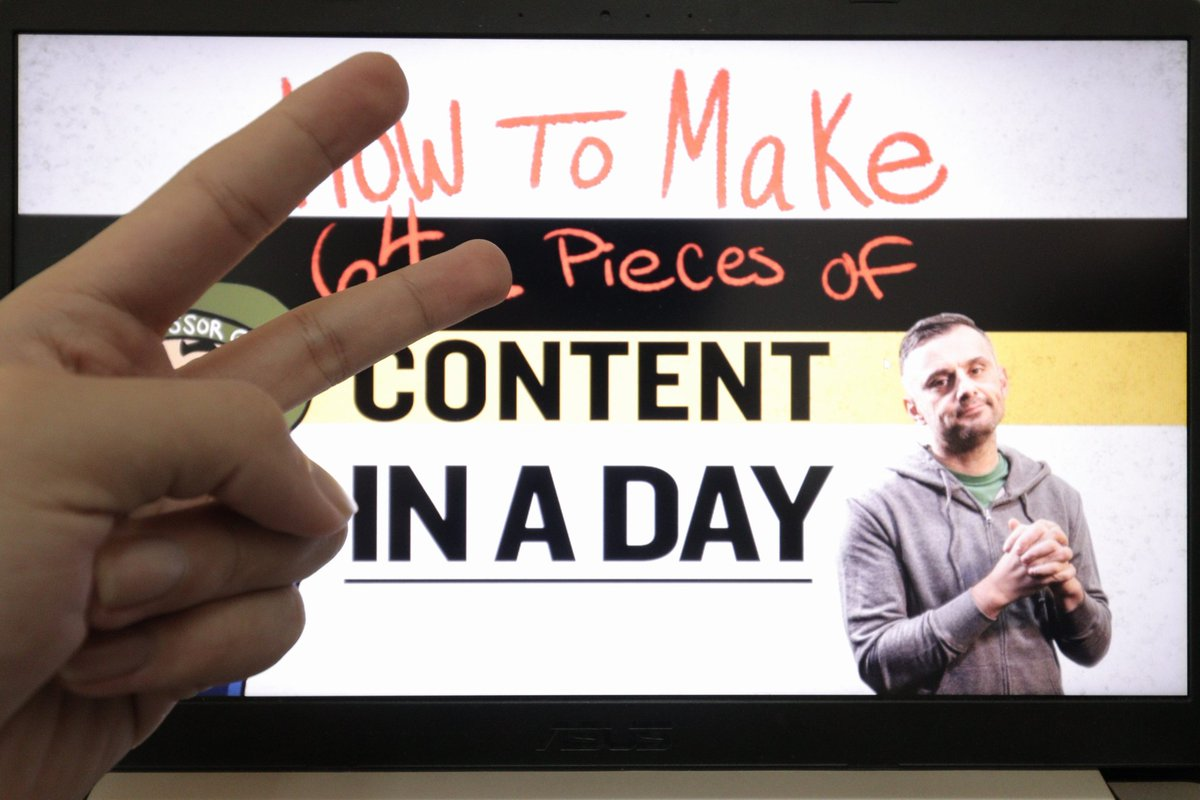 What inspire me to start scale up my content? Normally I just post on instagram, but after consuming @garyvee's content, I decided to scale up my work to other platform, not matter I start with 5, 10 or 15 piece of content, I will slowly build myself up.   #garyveechallenge<br>http://pic.twitter.com/BPWmn2vJ2K