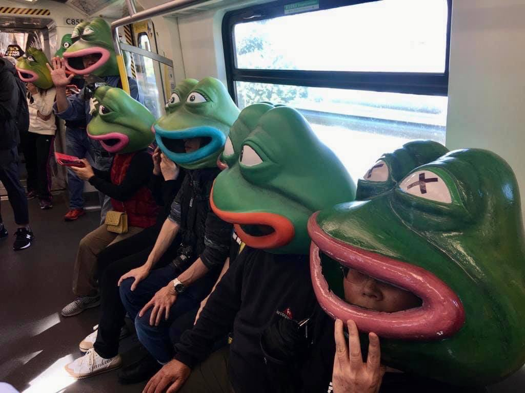 Bunch of pepes n such heading towards today's march.  They are the @singjaihk team + members, they all made their special helmets by hand!   #standwithHK  #HKProtests <br>http://pic.twitter.com/S3XGbEgmPK