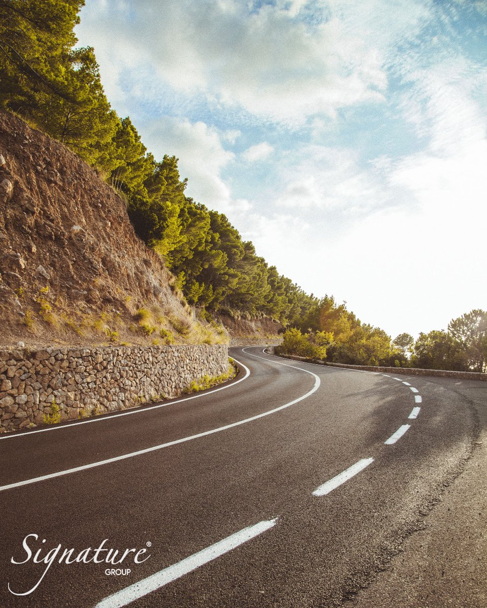 The empty and winding roads of the Tramuntana mountain range in winter. #winterinMallorca #mallorca #palmademallorca #sundaydrive #sunday #mountains #roads #curvyroads #windingraods #signaturegroupmallorca #manufacturerofexcellence #sunnyday #visitmallorca #exploremallorca pic.twitter.com/c6BgpPnj24