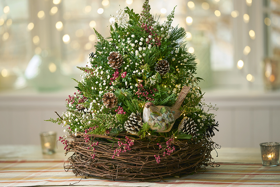 Create a little holiday magic with a DIY Christmas tree! Add one to your table top, desk or any other small space with the help of our step-by-step guide by Lifestyle Expert Julie Mulligan.