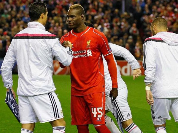 Mario Balotelli on the Ballon dOr: 🗣 I would rather win 2 Ballon d'Ors with 2 different clubs like Cristiano Ronaldo than win 5 or 6 Golden Balls with one club. Whats the point of spending a whole career in one club and saying Im the best really its shameful.