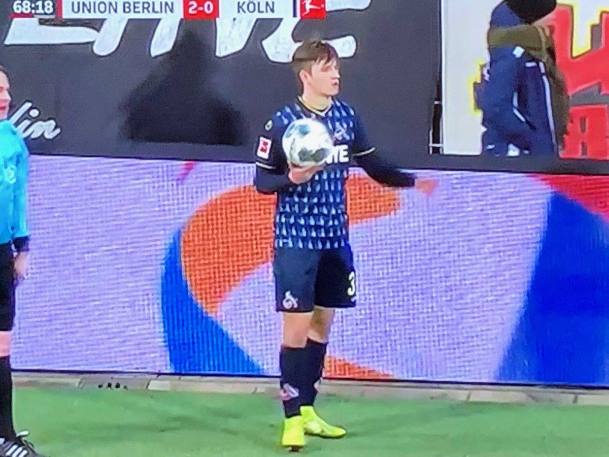 Wenn ein 18jähriger bester #effzeh Feldspieler ist. Den werden wir nächste Saison in Liga 2 dringend brauchen! #Katterbach #unsereZukunft pic.twitter.com/LHNI2bNB6j