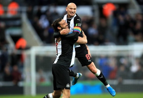 This new Shelvey and Carroll footballing bromance is reminding me of the AC/Nolan days  #nufc <br>http://pic.twitter.com/nwmbKDWKAn